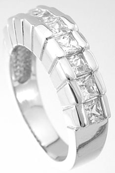 925 Sterling Silver Platinum Finish Princess Fashion Ring